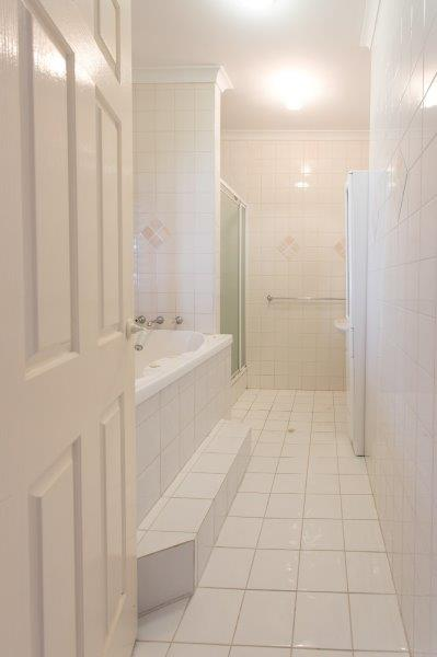Bathroom - Before 1